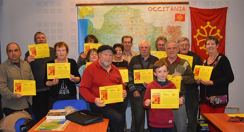 La distribution des récompenses permit à chacun de partir avec un souvenir : un set de table avec la carte occitane.