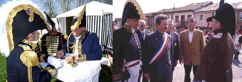 à gauche, l'auteur au bivouac ; à droite, avec le maire de St-Lys lors d'une commémoration historique