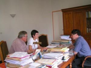 Robert Linas et Nadyne Vern Frouillou dans le bureau de Christian Astruc, Vice Président du Conseil Général.