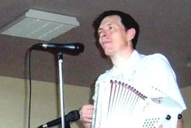 Bernard GACHES à l'accordéon