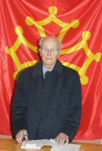 """A La Ville Dieu du Temple où il assure un cours hebdomadaire d'occitan, Nadal Rey, 102 ans, est assurément  le doyen des """"dicteurs"""" de la dictada occitana internationale !"""